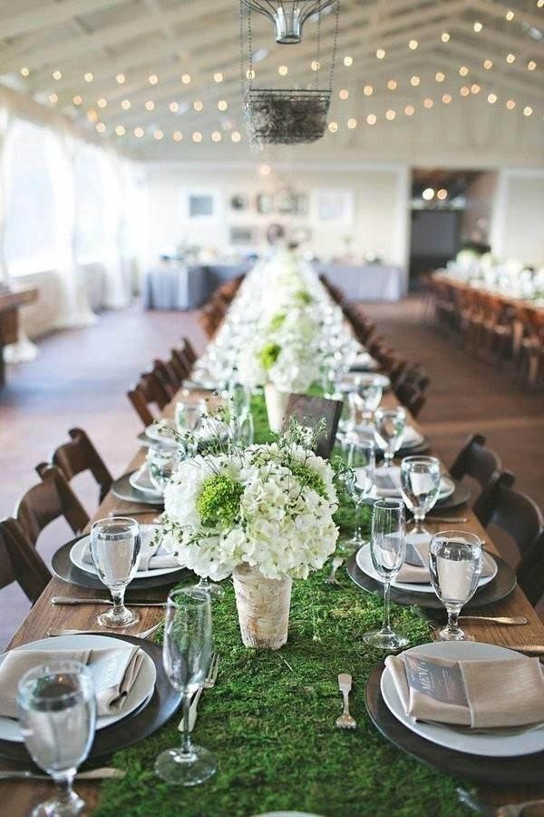 9 trending table runners for weddings - Wedding Table Runners