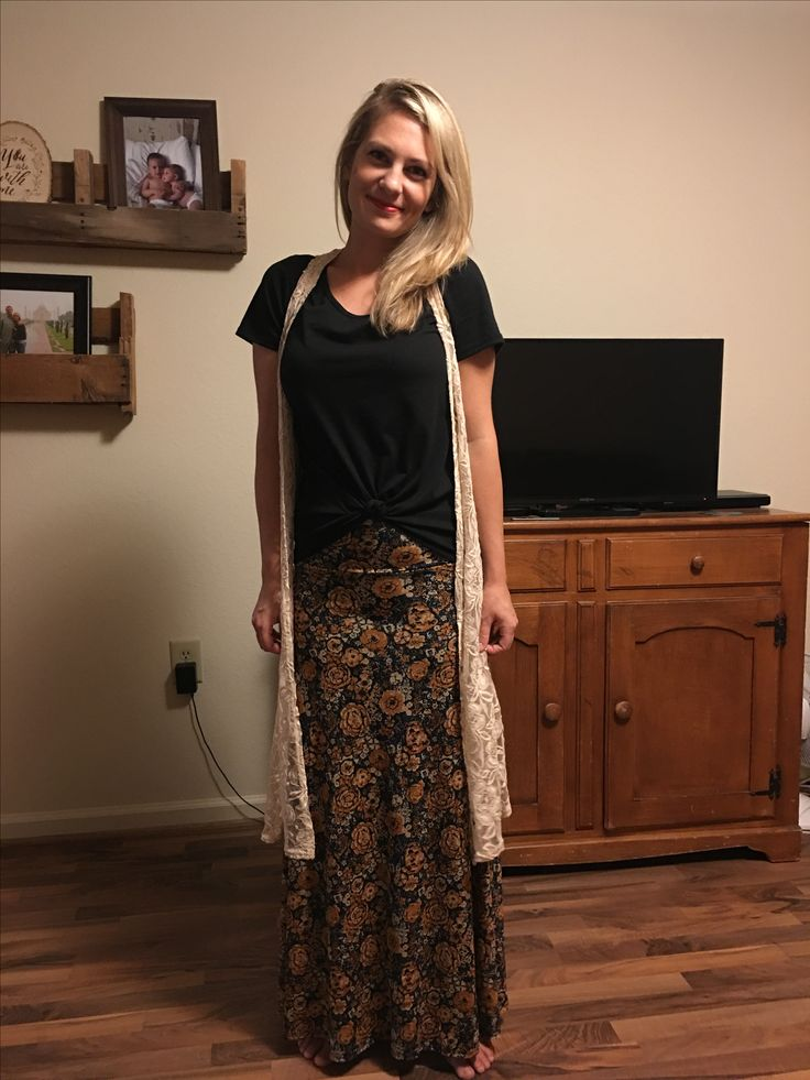 LuLaRoe Maxi + Classic Tee + Joy vest ! Text 'LLRaly' to 21000 to get my shop link text to you when it's open!
