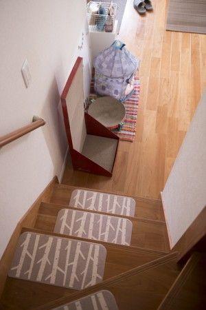 猫脱走防止柵 | 幸せの703号室 ... 階段には滑り止めマットが. ky (6)