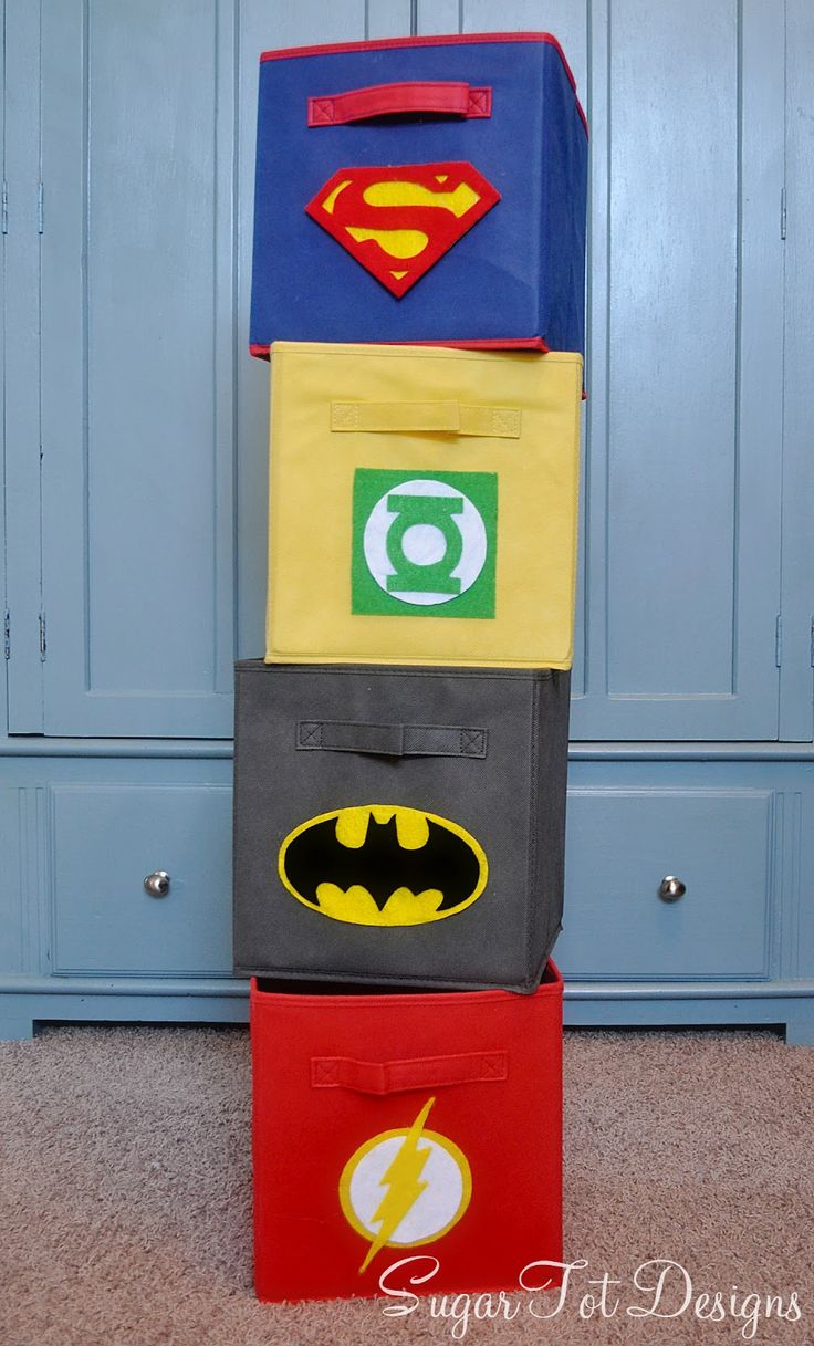 Love City: Super Hero Craft Week { Guest Post: Super Hero Fabric Bins }