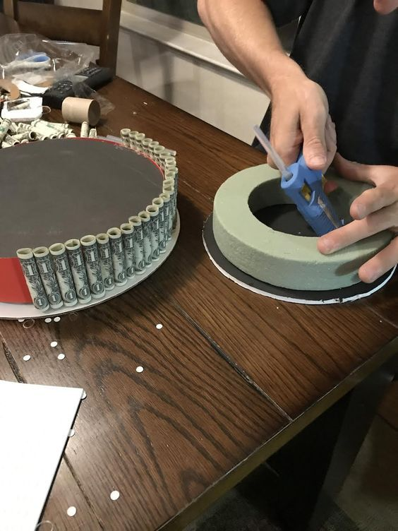 Instructions For Making A Money Cake
