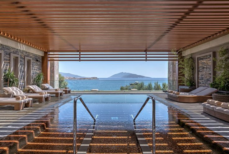 SPA+Caresse+Outdoor+Hot+Tub