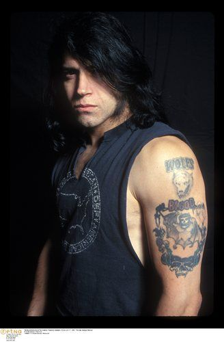 Glenn Danzig, ah yes, I love you and hate you all at the same time. (Still have this portrait lol)