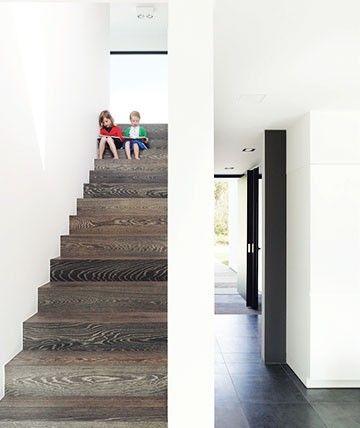 Strakke architectuur by ABS Bouwteam, tegelijk heel gezinsvriendelijk