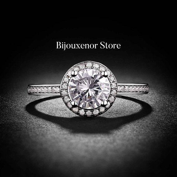 1.25ct brilliant cut Diamond Engagement ring White