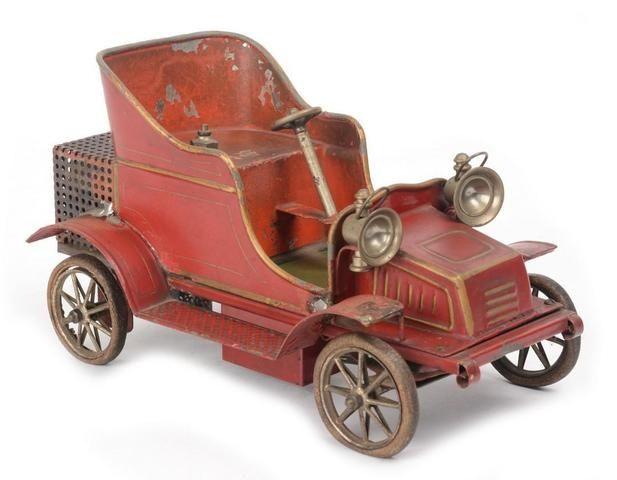 Märklin début XXème, petit tonneau à vapeur miniature.   Adjugé: 75 000 euros
