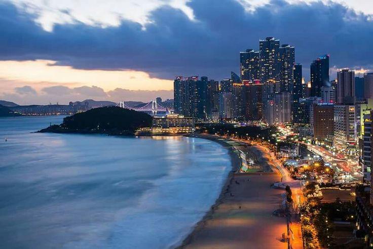 Nightscapes of Haeundae-beach in Busan, Korea  해운대해수욕장 야경