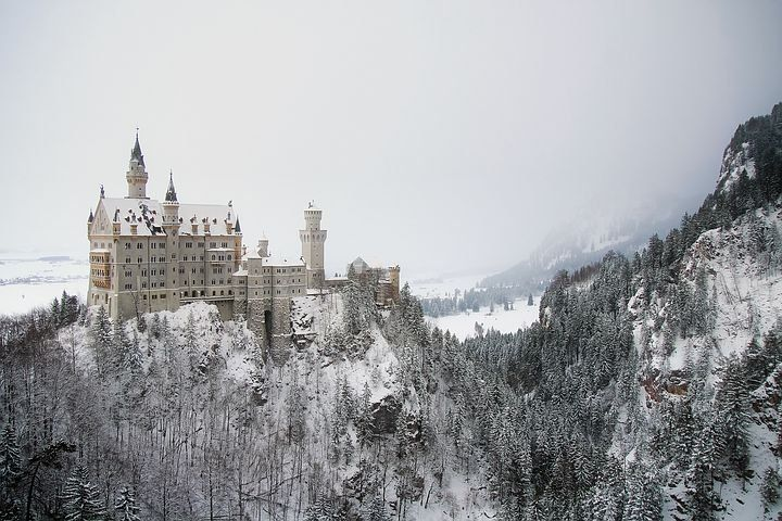 Kostenloses Bild Auf Pixabay Neuschwanstein Deutschland Burg In 2020 Tolle Reiseziele Neuschwanstein Bilder
