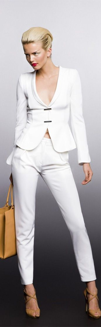 Giorgio Armani Resort Wear 2013 Spring Collection – Ready to Wear Designer Fashions – Full Length Photos Optimized for Pinterest.