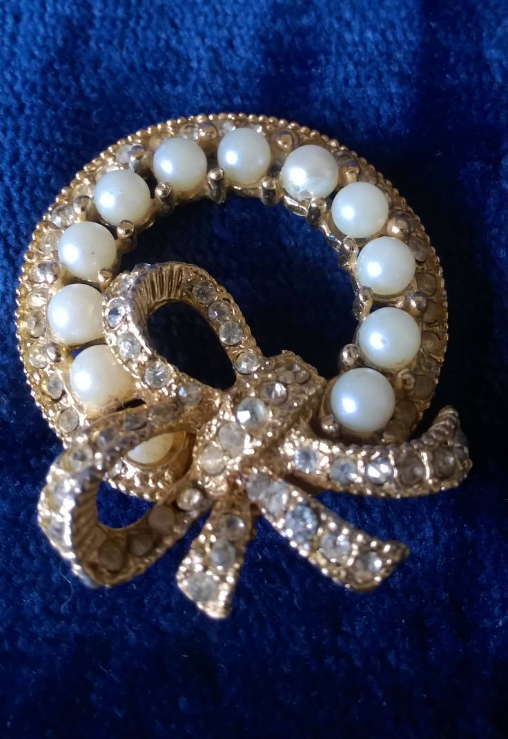 Vintage Brooch, Garland, Wreath, Faux Pearl, Diamante, Rhinestone, Mid-Century, Bow Brooch, Vintage Pin, Ribbon, Gifts for Her by TillyofBloomsbury on Etsy