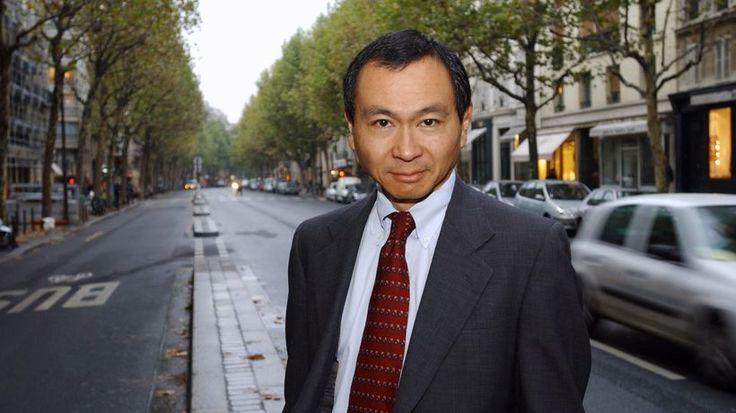 """Francis Fukuyama : """"Demokratie stiftet keine Identität"""" Ist das Modell des Westens am Ende? Ein Gespräch mit dem amerikanischen Politikwissenschaftler Francis Fukuyama Interview: Michael Thumann und Thomas Assheuer"""