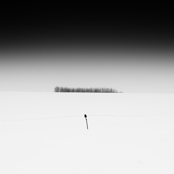 Loneliness, photography by Gérard Verbecelte.