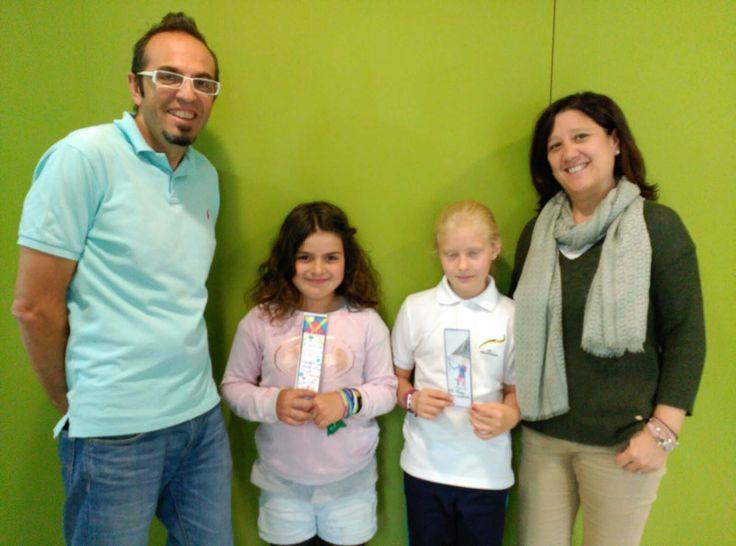 Alumnos ganadores del concurso de marcapáginas celebrados en la semana cultural del día del libro.
