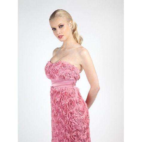 Φόρεμα κοντό στράπλες κεντημένο με μοτίφ λουλούδια