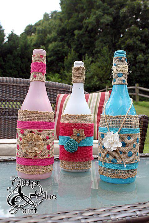 lámparas tiki de botellas de vino
