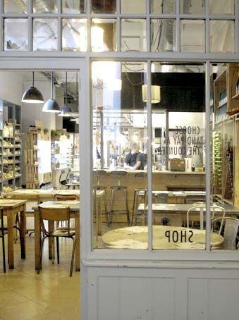 Woki Organic Market es un concepto de restaurante, supermercado , tienda y cosmética en el que se pueden encontrar todo tipo de productos ec...