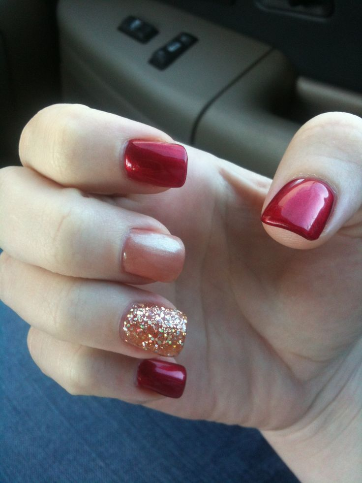 25 best ideas about simple christmas nails on pinterest