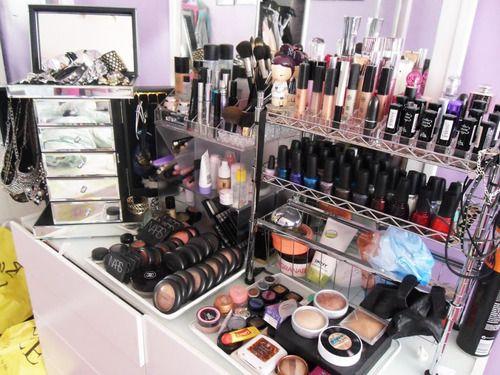 Makeup Organic, Make Up, Makeup Vanities, Nails Polish Storage, Makeup Collection, Beautiful, Dreams Come True, Makeup Storage Organic, Heavens