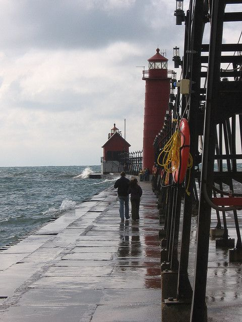The Grand Haven lighthouse and pier is a great place to go for a stroll with loved ones.Haven Lighthouses, Haven Llighthous, Grand Haven, Parks Lighthouses, Michigan Lighthouses, Grand Rivers, Haven States, Haven South