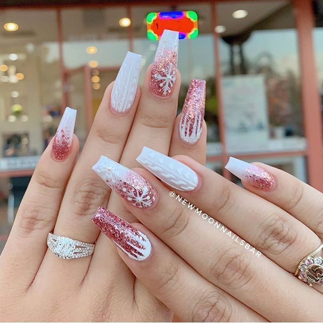 70 pretty festive nail art designs, christmas nail art