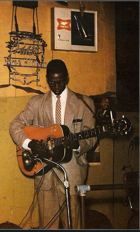 Elmore James - One of the BEST BLUES GUITARISTS EVER. In MY top 5.