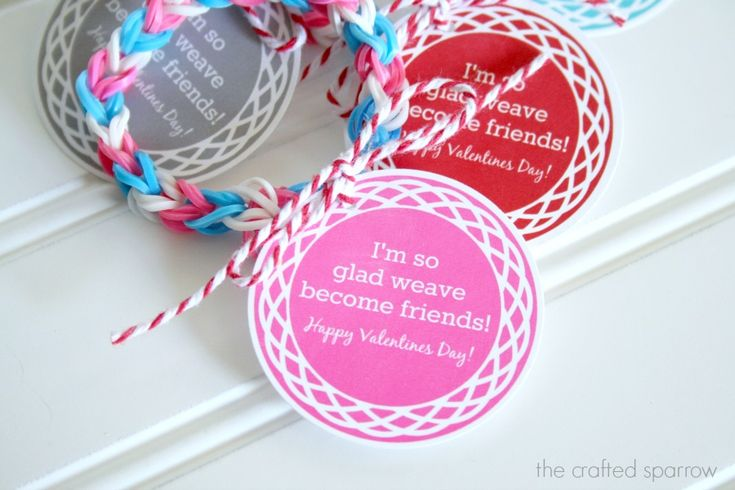 Awesome idea: printable Valentine cards made especially for kids giving out Rainbow Loom bracelets.