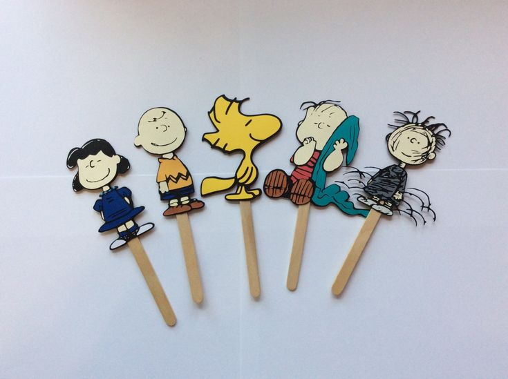 "The Peanuts Gang, 5 characters, 8"" images on stick, Snoopy, Charlie Brown,Lucy,Woodstock,Pigpen,Linus,birthday decorations party supplies by LoveToFiesta on Etsy"