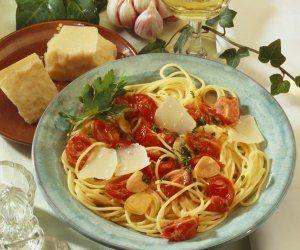 Rezept: Pasta mit Cherrytomaten, Knoblauch und Parmesan