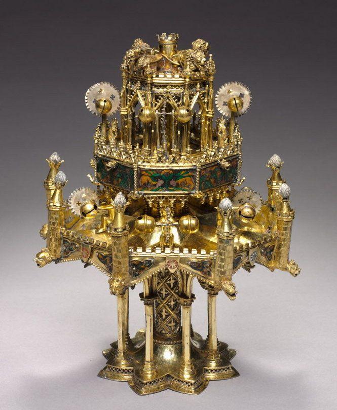 Fontaine de table cleveland moyen age medieval - Fontaine de table ...