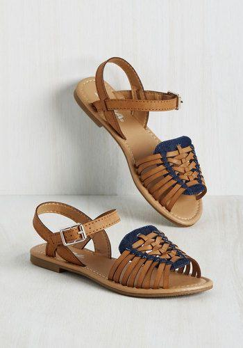 Worldly Wanderings Sandal in Cognac   Mod Retro Vintage Sandals   ModCloth.com