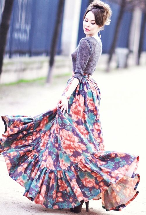 ulyana sergeenko | Tumblr  I so wish I could wear a skirt like this. I love long full skirts that twirl.  :)