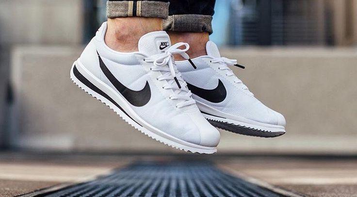 Ver a través de Miedo a morir llevar a cabo  Nike Cortez White With Black Swoosh smithland.co.uk