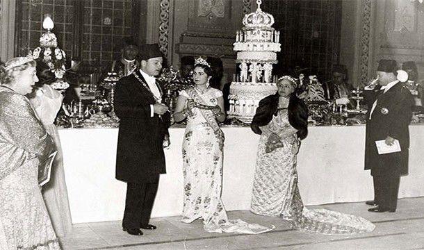 Kudeta militer Mesir, Raja Farouk turun tahta