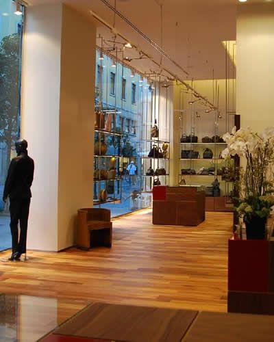 A-Torino-la-nuova-boutique-Borbonese.jpg (400×500)