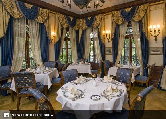 Disneyland opens up secret restaurant for a price around disney