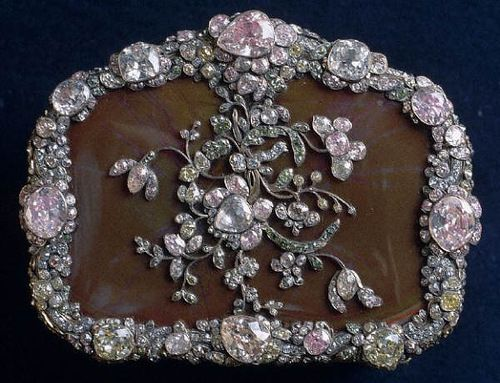 THE ROMANOVS JEWELRY ~ a casket decorated with diamonds and silver belonged to Catherine II saved in The Hermitage ~