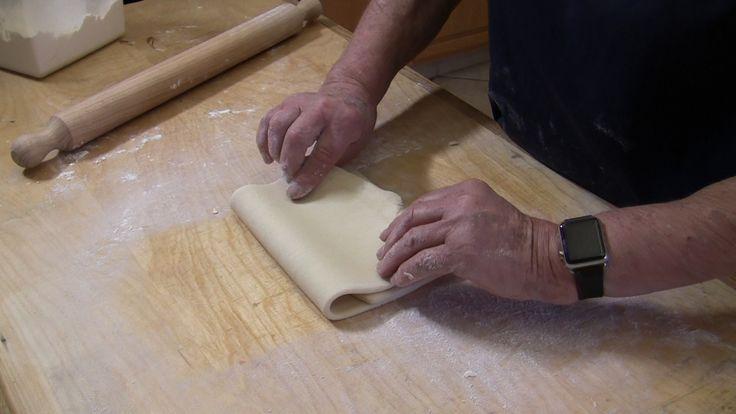 Ricetta Pasta Sfoglia Semplice - VivaLaFocaccia - Le migliori ricette per il pane e la pizza fatte in casa