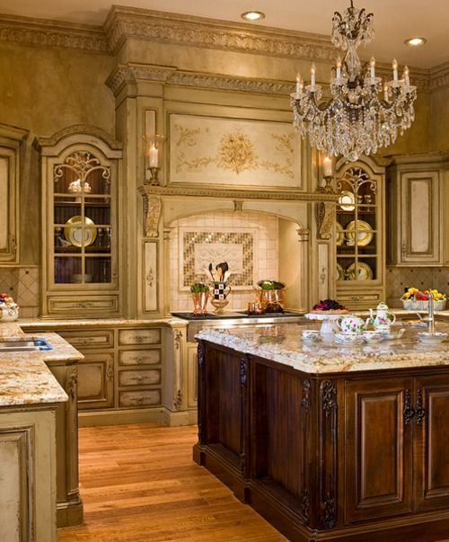 I could not even dream something so gorgeous!French Provincial, Kitchens Interiors, Dreams Kitchens, Luxury Kitchens, French Country, Design Kitchens, French Kitchens, Tuscan Style, Modern Kitchens Design