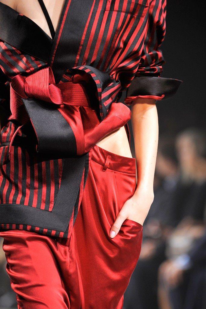 Haider Ackermann Spring 2011 Ready-to-Wear Fashion Show