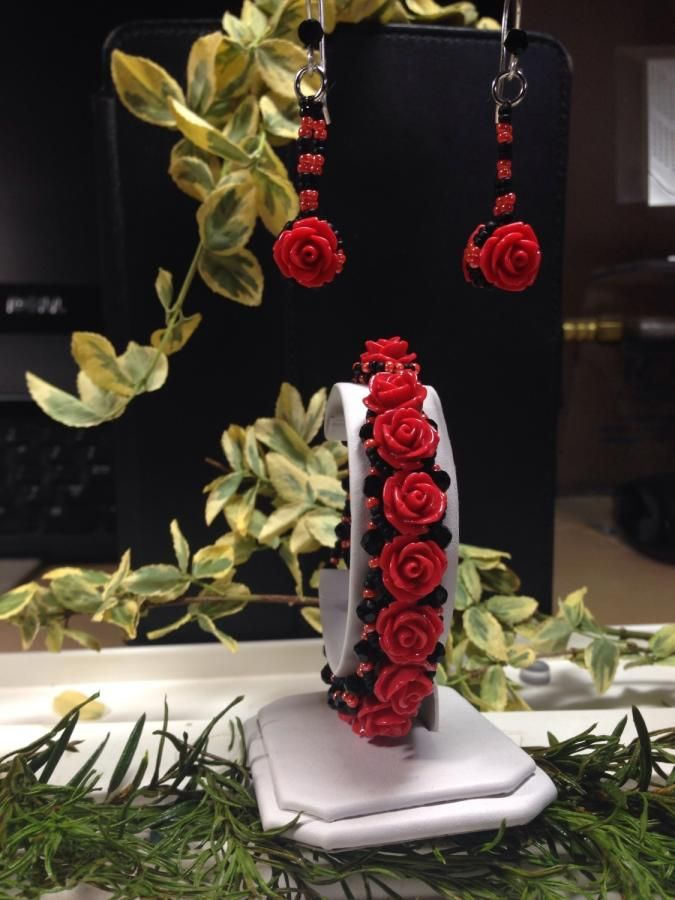 Red Roses - Jewelry creation by Bluejean
