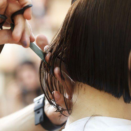 Leliminazione di pigmentary nota su una faccia a bambini