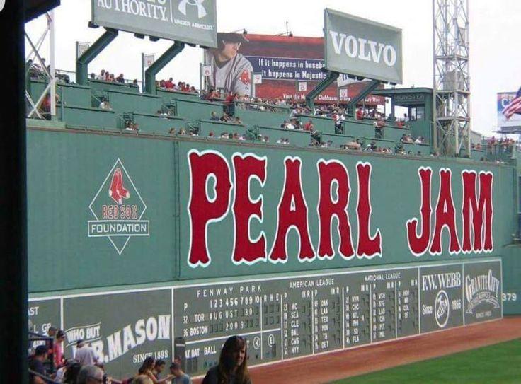 Pearl Jam - Fenway Park, Boston 2016