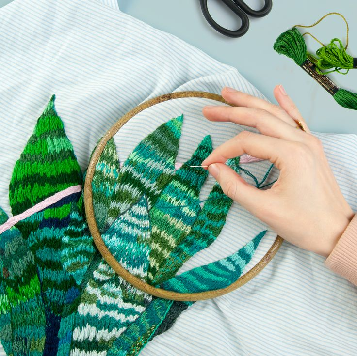 Embroidery | leaf embroidery
