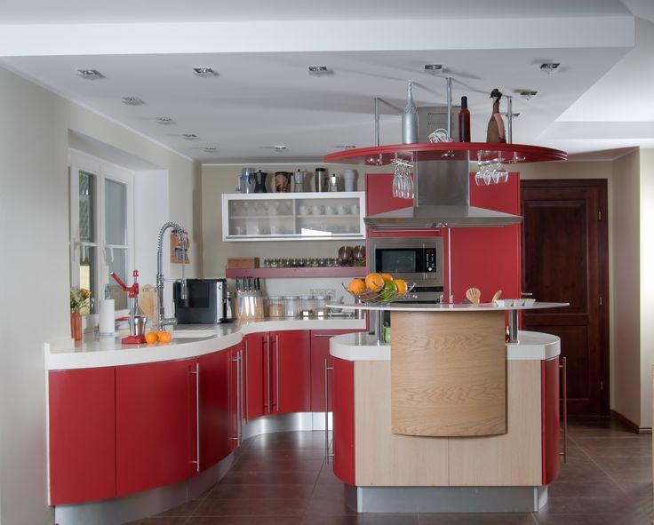 Czerwona nowoczesna kuchnia - DecoArt24.pl  http://decoart24.pl/  #DecoArt24 #dekoracje #inspiracje #interior #kuchnia