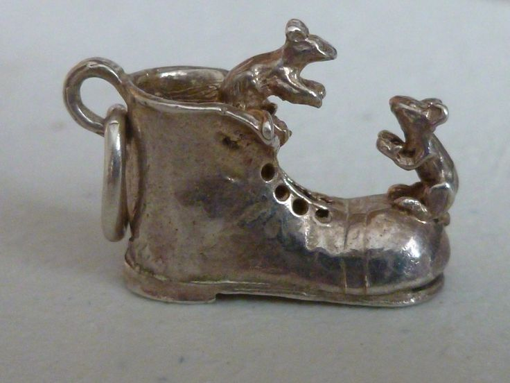 Vintage silver mouse charm - Mice and boot silver pendant - Mice and Boot Silver Charm - Vintage Silver Charm - Vintage Old Boot and Mouse by Teddyrose54 on Etsy