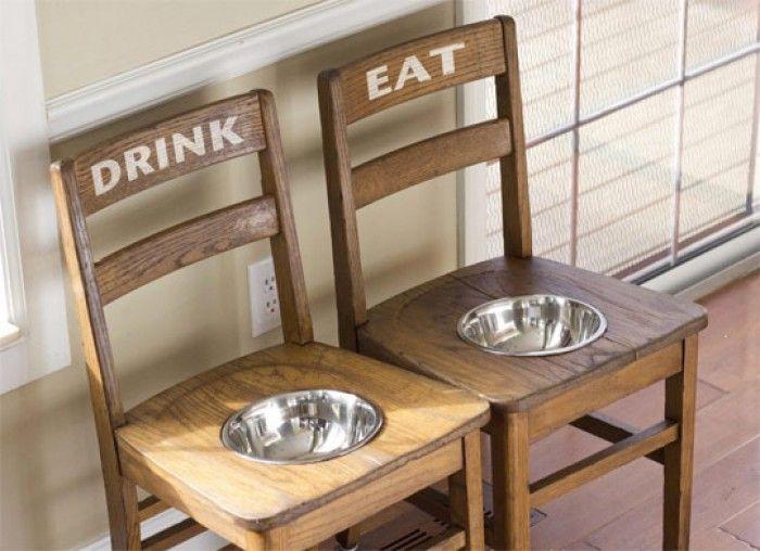 Ideaal voor grote honden en als je een kleinere hond hebt  haal je gewoon een stuk van de poten af. (van de stoelen dan hé!)