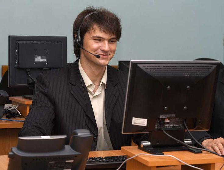 Softphones versus Hard Phones for VoIP