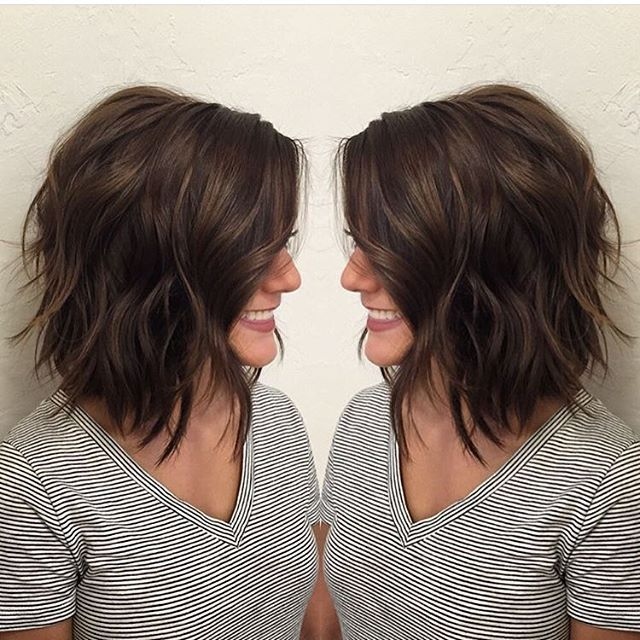 Brunette : Bob : Lob : Beach Waves