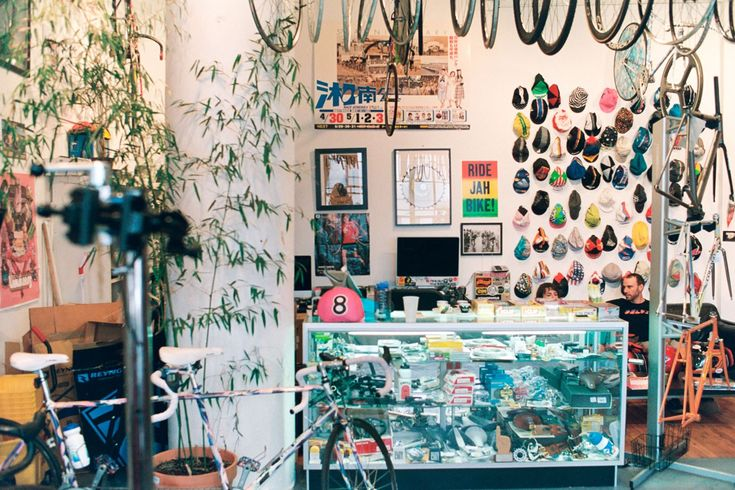 Brooklyn's Deluxe Cycles – Cooper Ray | The Radavist