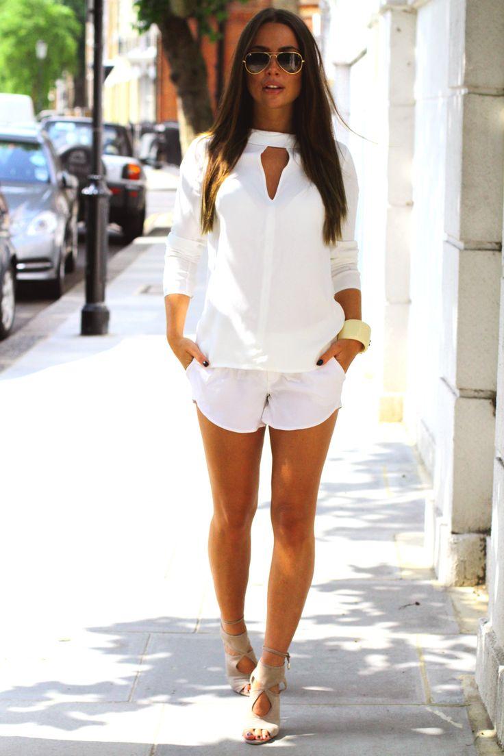 Blouse: Reiss , Shorts: Alice + Olivia ,Shoes: Aquazzura Johanna Olsson johannaeo.se